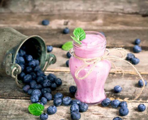 frullato chetogenico proteico al mirtillo